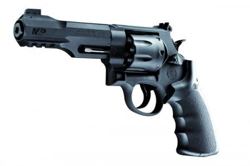Smith&Wesson M&P R8 kal. 4,46mm